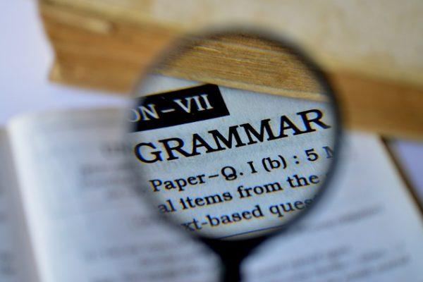 Amerykański vs. brytyjski angielski: gramatyka