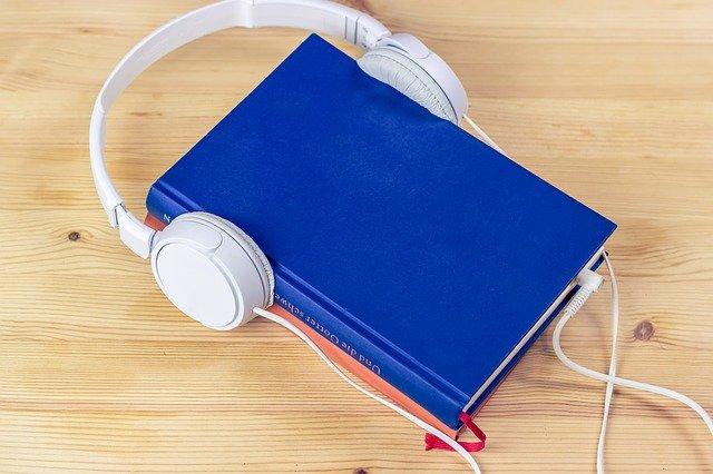 audiobook 3106986 640 - PAKIET ANGIELSKIE CZASY